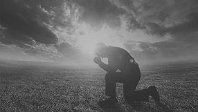 god-images-photos-prayer-worship-man-kne
