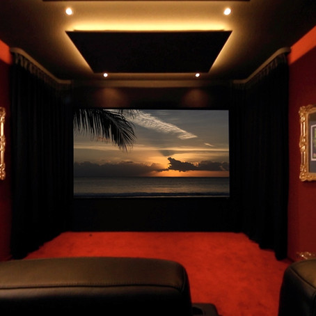 "Heimkino ""Red Dream"""
