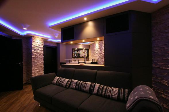 Lichtvoute-Kino-im-Wohnzimmer
