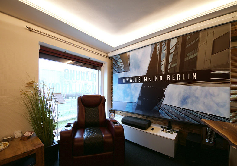 Elite Screens DayWalker Tension Kontrastleinwand