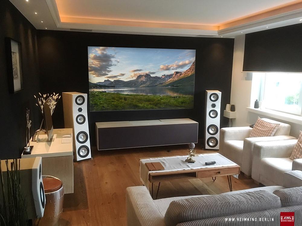 LaserTV beamer in Möbel versteckt