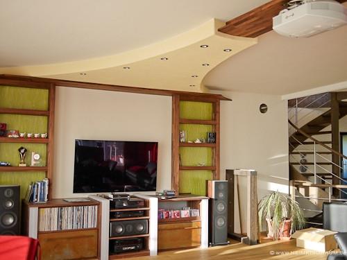 Lichtelement an Decke-Wohnzimmerkino