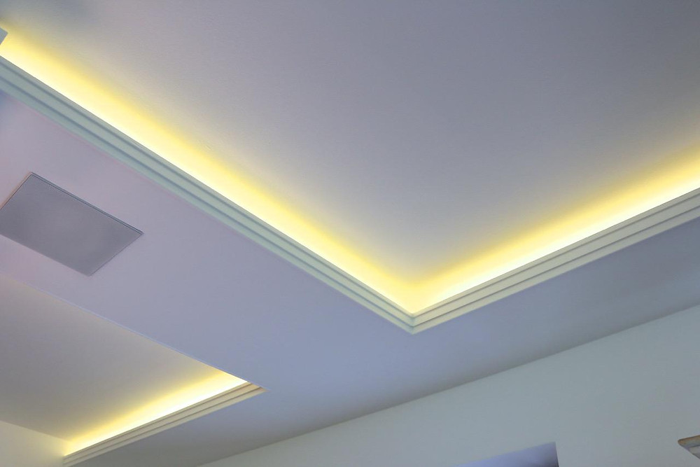 Dimmbare LED Beleuchtung in Wohnzimmer