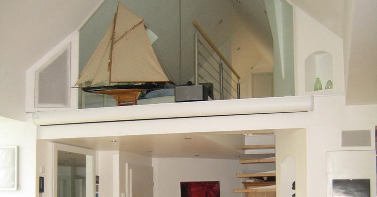 Heimkino_Yacht-Kino-im-Wohnzimmer.jpg