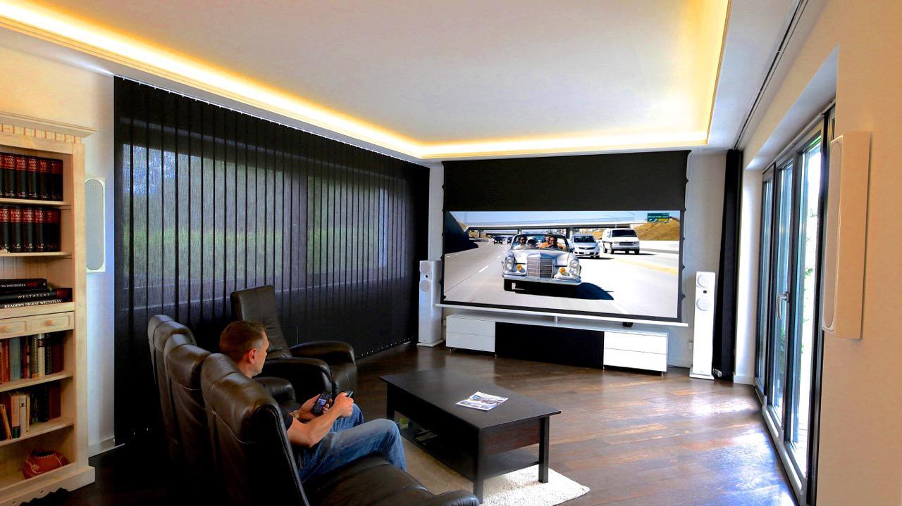 Kino-im-Wohnzimmer-All-Inclusive