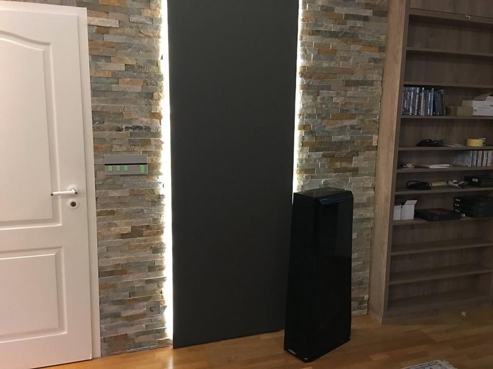 Beleuchtetes Akustikelement