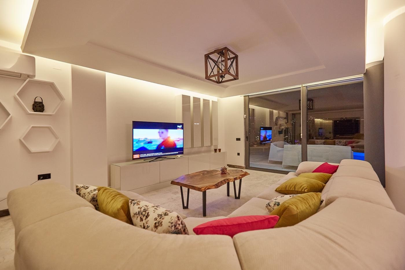 sofa in salon