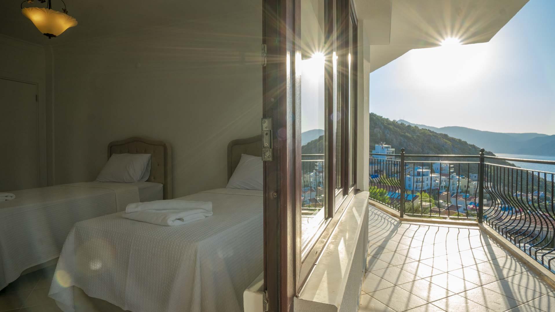 twin balcony