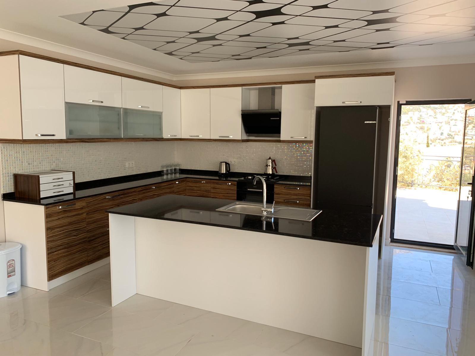 V840 kitchen