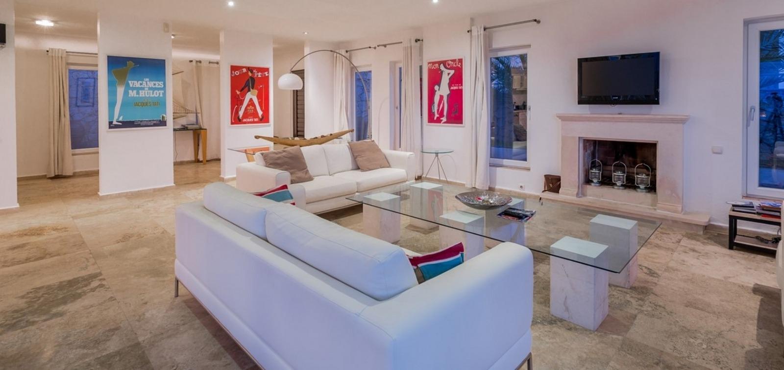 Firefly lounge (2)