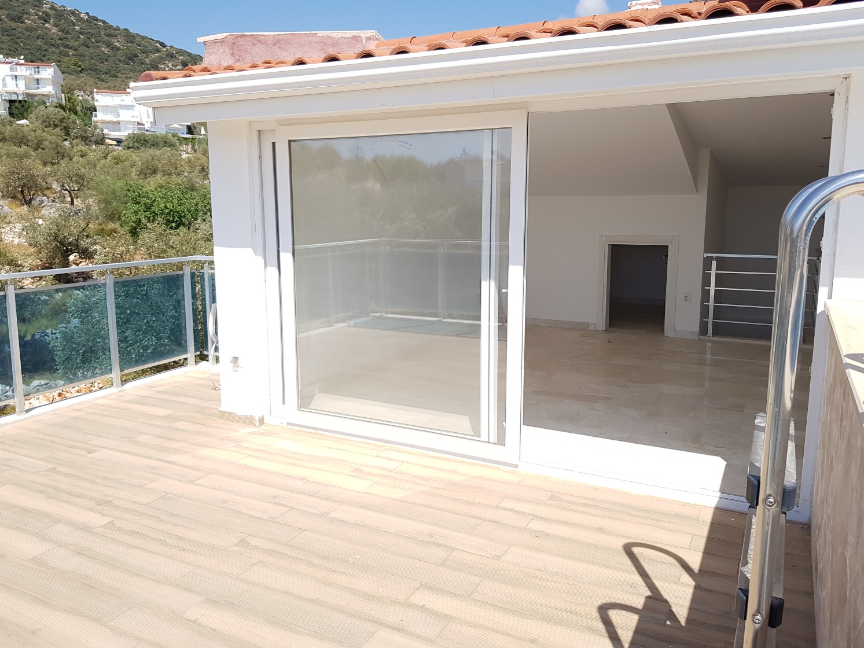 Ortaalan terrace
