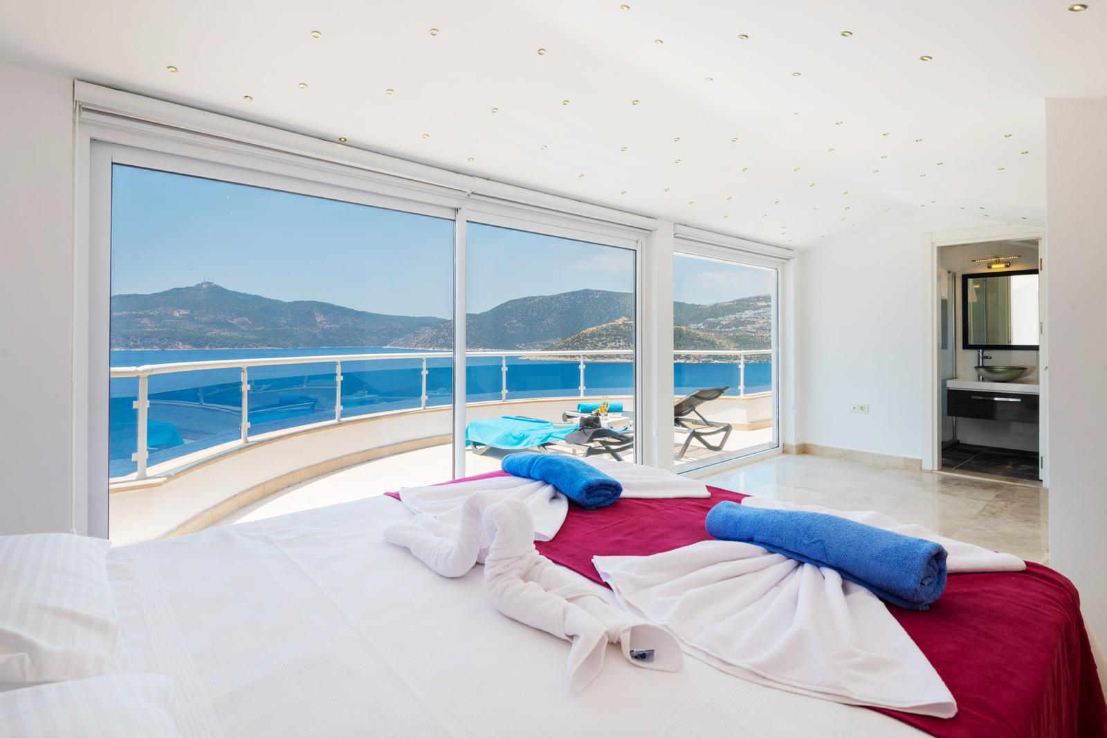 doiuble bedroom view