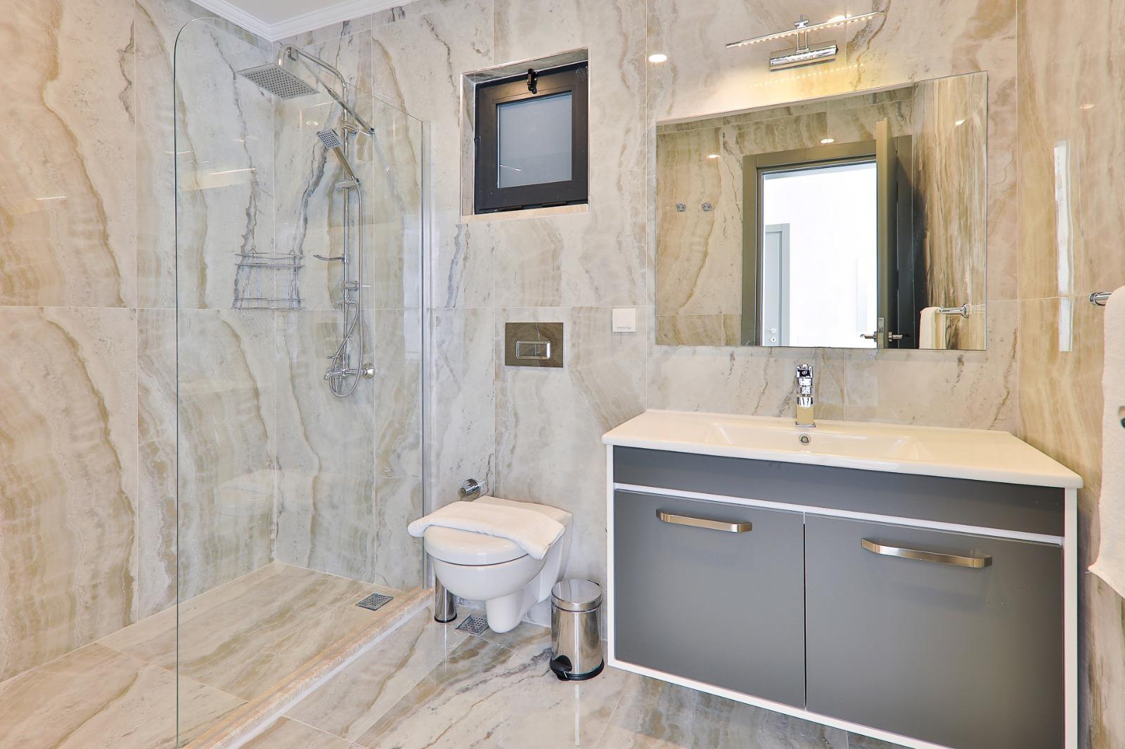 marbel shower room