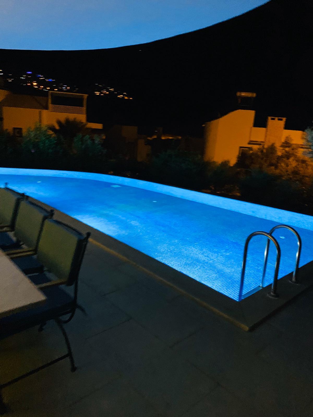 V840 pool at night