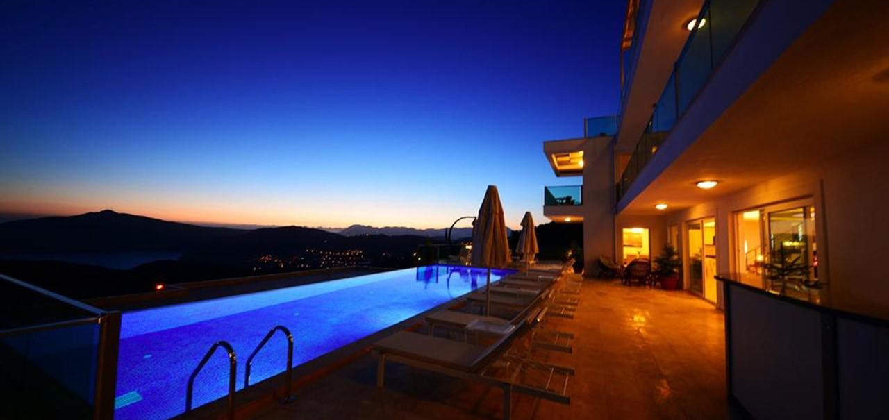 large-15m-pool