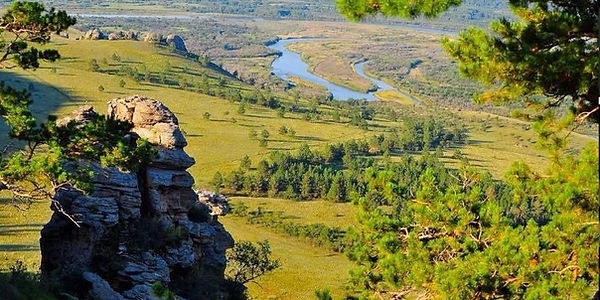 北端セレンゲ県のサイハニ・フトルが周辺を一望できる場所。