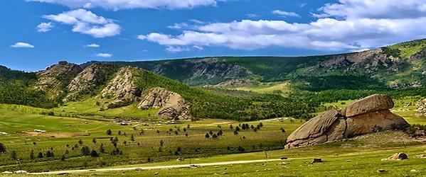 テレルジ国立公園のランドマークである亀岩