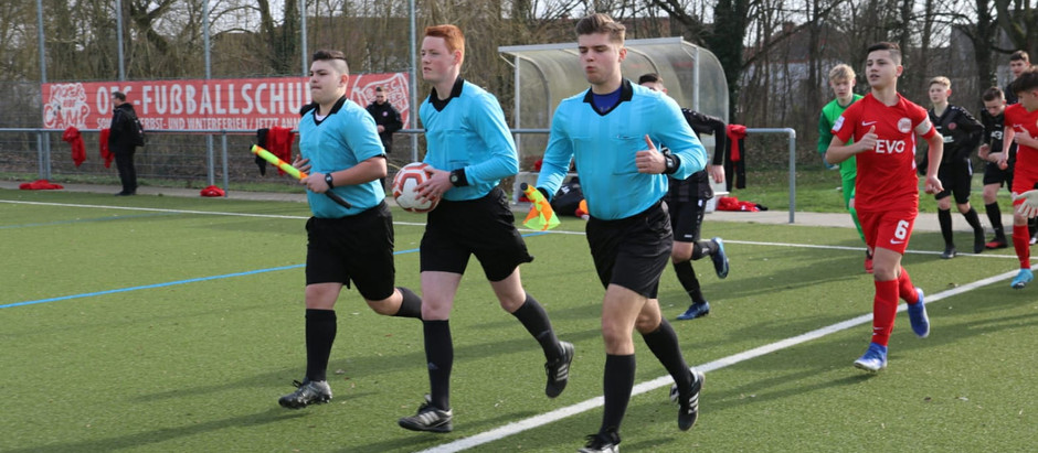 Luca Mellin leitet C-Jugend Regionalliga-Freundschaftsspiel