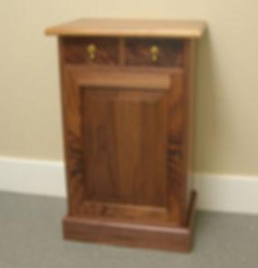 tom cabinet2.jpg