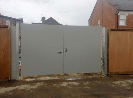 Hoarding Repairs - West London