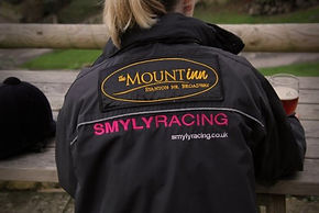 The Mount Inn supports SMYLY Racing.