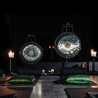 GONG IN THE THEATRE