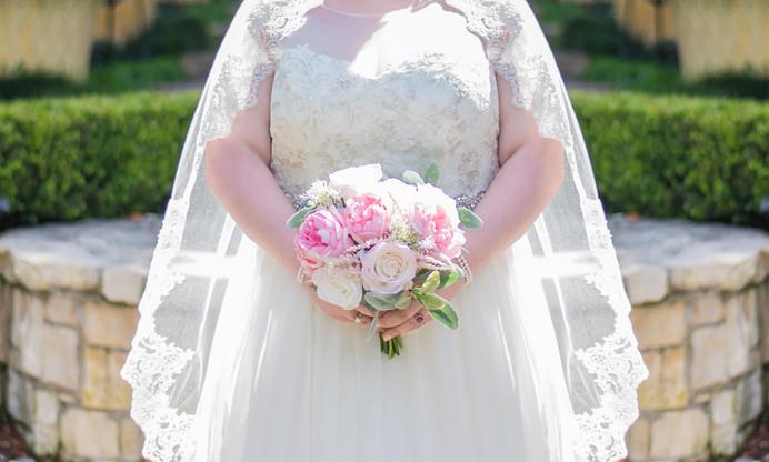 Bride - Boquet Pose