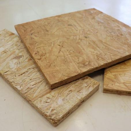 Cientistas transformam rejeitos de madeira em material de construção e decoração