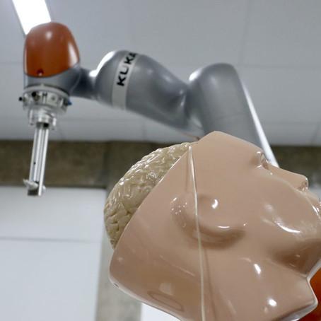 Epilepsia: Robô deve ajudar em cirurgias com crianças