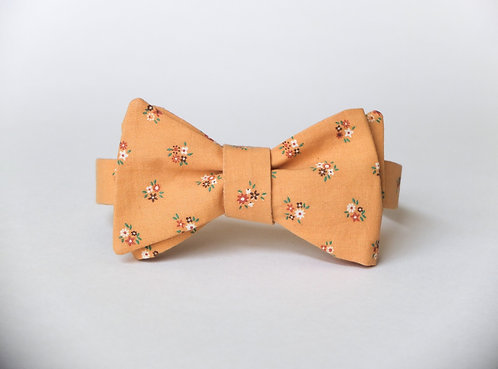 Golden Yellow Floral Bow Tie || 100% Vtg Cotton