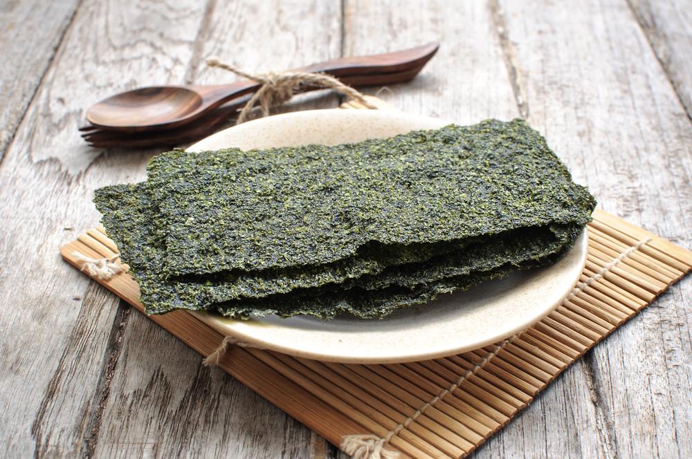 toasted seaweed on plate
