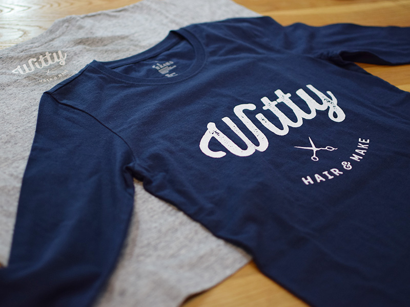 witty hair & make | Tshirt