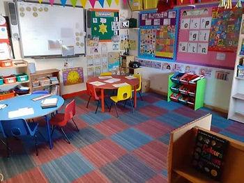 classroom_s.jpg