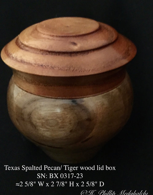 23 Spalted Texas Pecan w/ Tiger wood lid box ☆