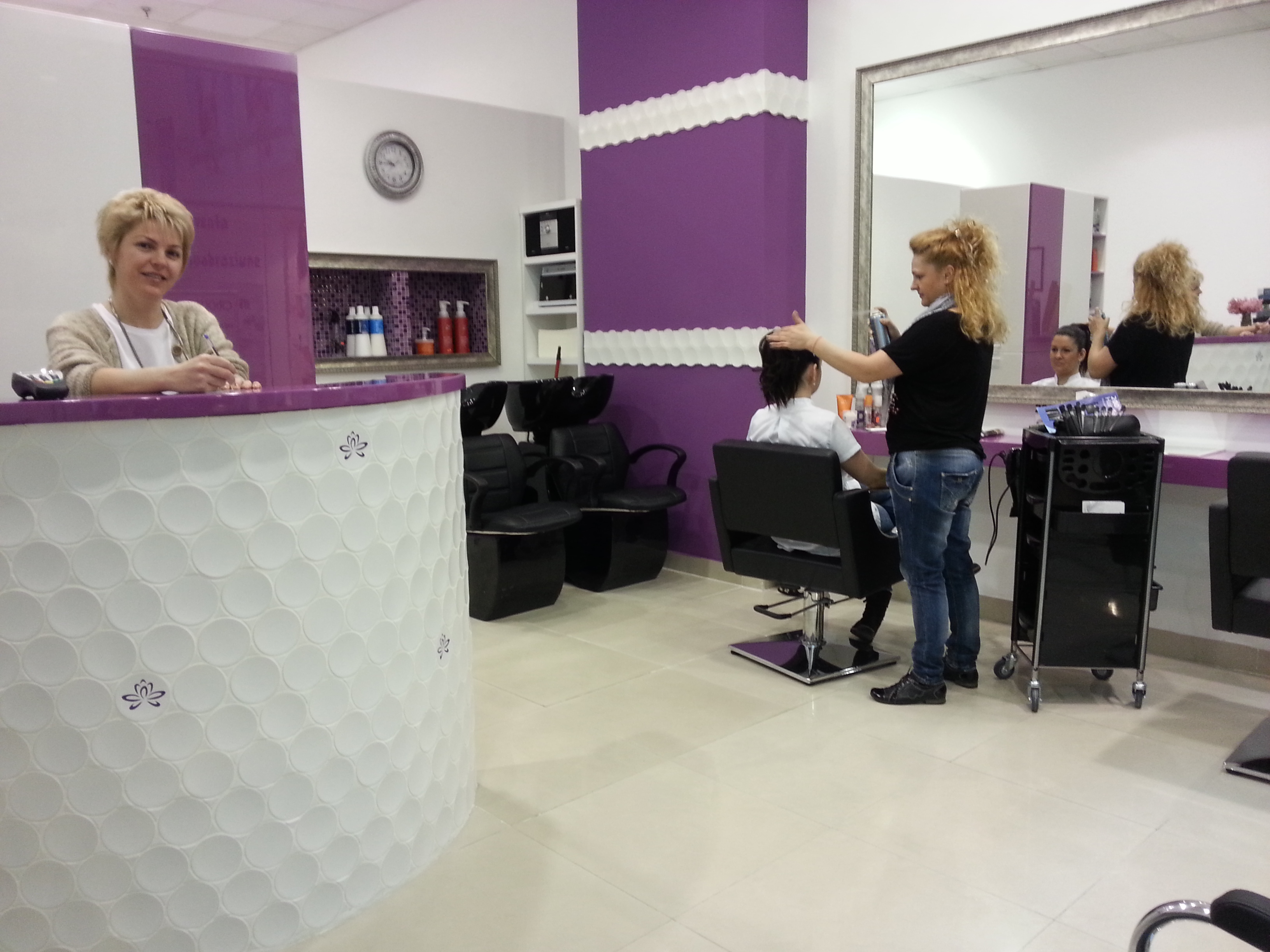 Salon cosmetica crangasi