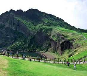 เส้นทางแนะนำสำหรับวันหยุดเดินเล่นบนเกาะเชจู (Trekking & Hiking)