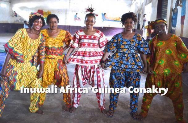 アフリカンドレスや衣装