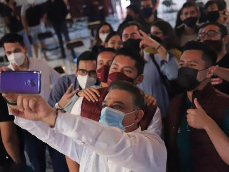Reúne Carlos Lomelí a dirigentes sindicales