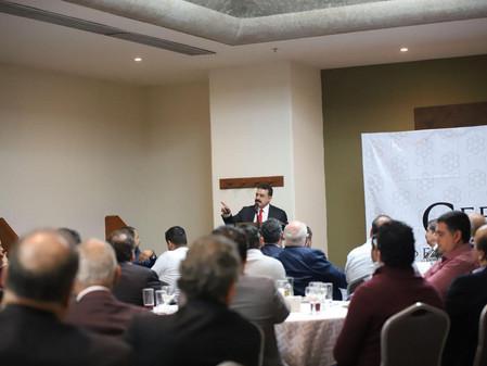 Se reúne Carlos Lomelí con empresarios de Jalisco