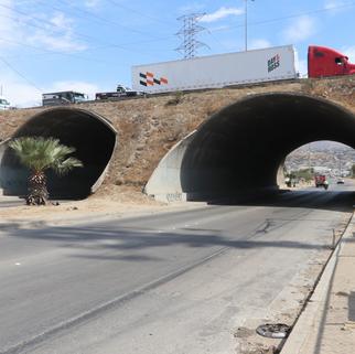 Revisan 6 puentes vehiculares y 61 peatonales en Tijuana para prevenir daños estructurales