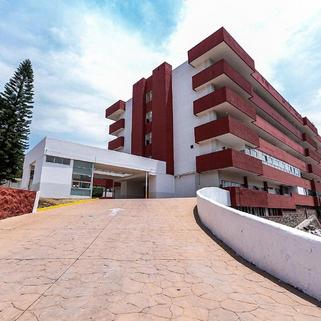 Reubican en dos hospitales de Jalisco a 390 trabajadores de atención a Covid-19