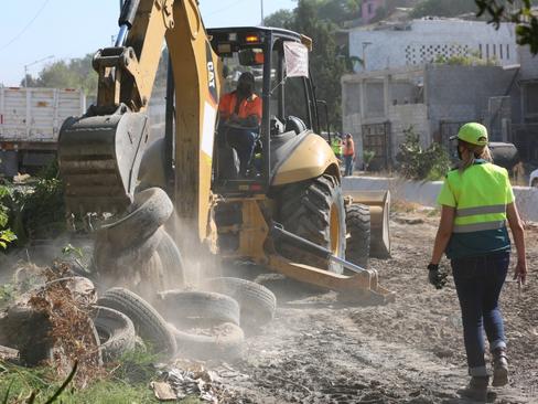 Recuperan en Tijuana 242 espacios utilizados como basureros clandestinos