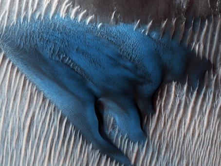 Descubren una duna azul en Marte