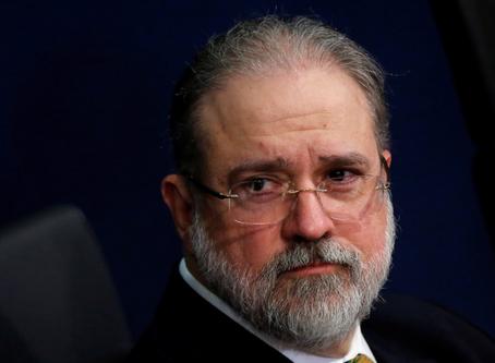 Fiscalía de Brasil exige investigar a Bolsonaro después de las denuncias de Sergio Moro
