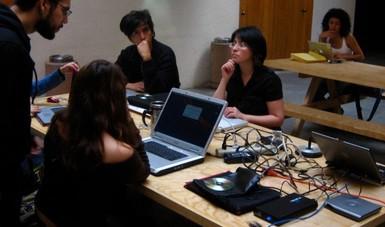 El Centro Multimedia ofrecerá durante abril diversas actividades en línea para todo público