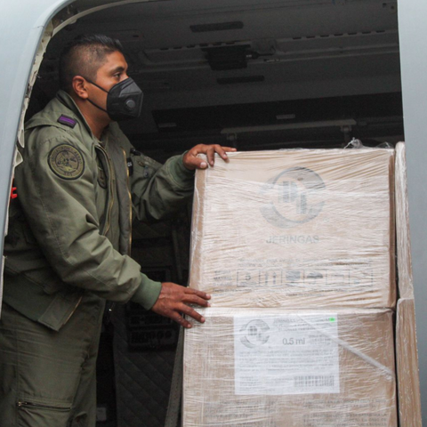 México dona 400 mil dosis de vacunas contra COVID-19 a Belice, Bolivia y Paraguay