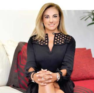 Lourdes Mendoza Peñaloza 20 años de periodismo comprometido