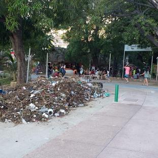 Paseo del Pescador en Acapulco ahora es basurero