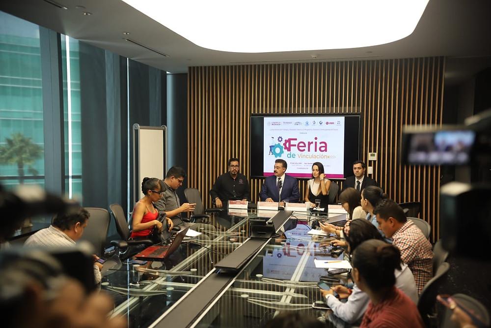 Carlos Lomelí Bolaños anuncia Feria de Vinculación al Programa Jóvenes Construyendo el Futuro
