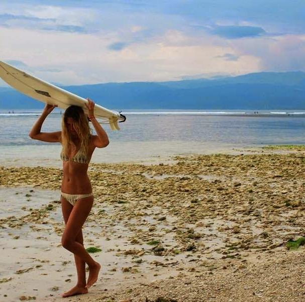 surfgirl.jpg
